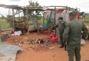 16-05-30-Venezuela-grenades2
