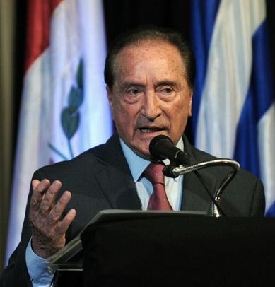 15-06-01-Paraguay-soccer 2