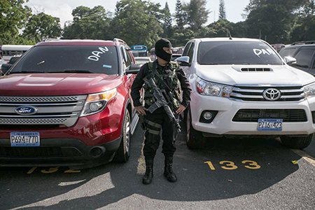 A car lot raided during 'Operation Check.' c/o Fred Ramos/El Faro