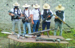 "Members of the vigilante group ""White Trojans"" in Michoacán"