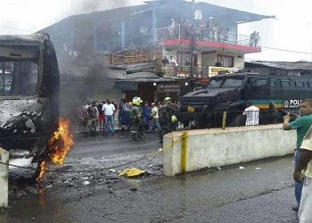 Protests by coca growers paralyzes Colombia's Tumaco municipality