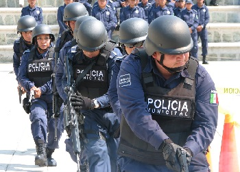 Most Mexicans Think Police 'Controlled by Org Crime': Poll
