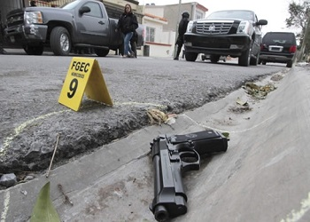 Crime and insecurity affects Central Americans' daily behavior