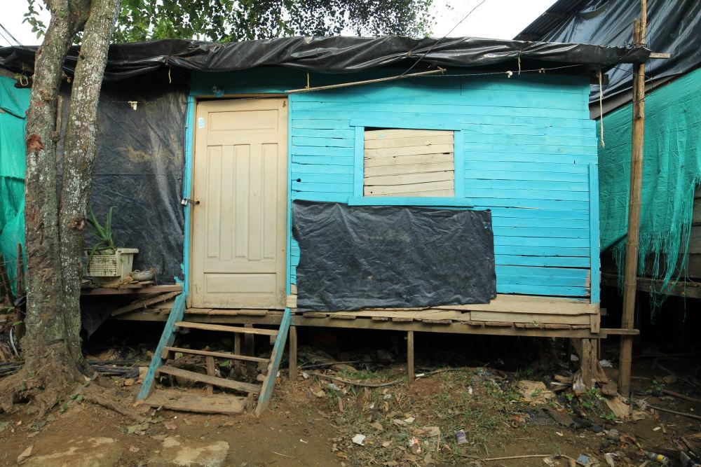 InSide BACRIM shack 1