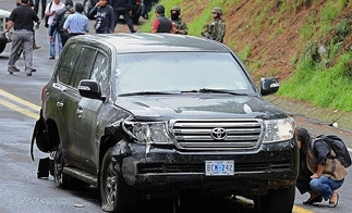 Aftermath of the attack on US diplomatic SUV