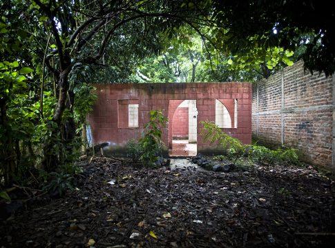 Abandoned house in El Salvador