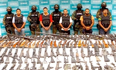 Organized crime suspects displayed to media in Mexico