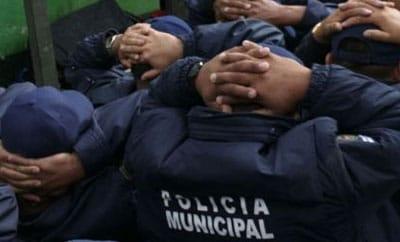 158 municipal police were arrested in Durango