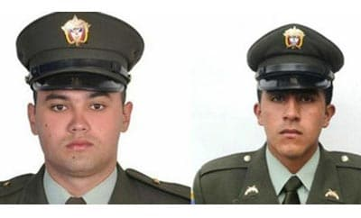 Police officers who were kidnapped by the FARC