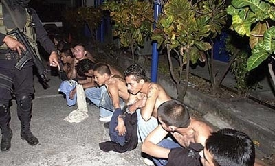 Police operation against street gangs in Guadalajara
