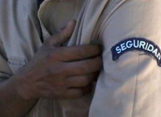 El Salvador gang members work as security guards