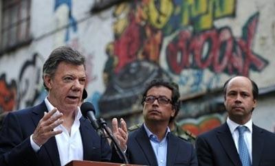 Colombian President Juan Manuel Santos in El Bronx, Bogota