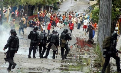 Protesters clash with police in Norte de Santander