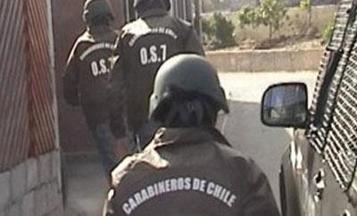 Members of the Carabinier anti-narcotics unit