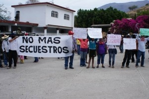 Guerrero residents demand action on kidnapping