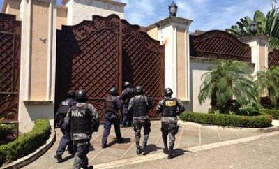 Honduran police seize a luxury property