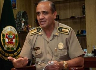 Arrested police chief Jorge Linares Ripalda