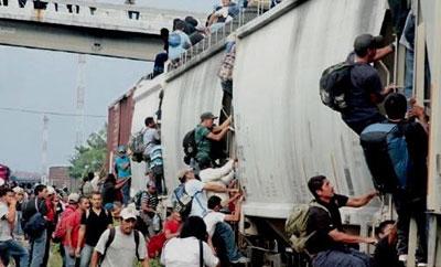 Migrants on La Bestia