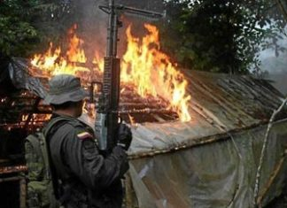 Colombian army destroys a FARC cocaine lab