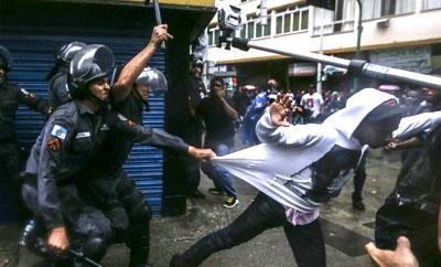 Protesters clash with police in Rio de Janeiro, Brazil