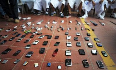 Cellphones confiscated in an El Salvador prison