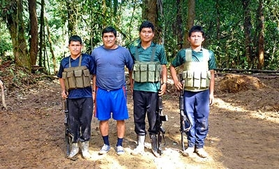 "Alias ""Raul"" with security team. Source: Caretas"