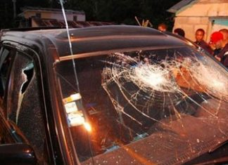Journalist Pedro Fernandez's car after the attack