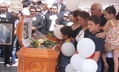 Mayor Edelmiro Cantu Leal was murdered in 2010