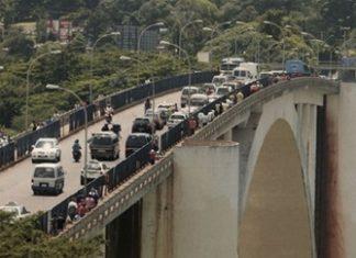 The bridge connecting Ciudad del Este with Brazil