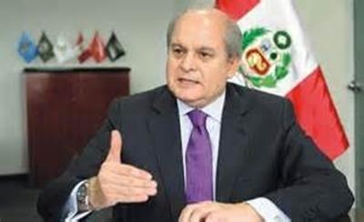 Peruvian Defense Minister Pedro Cateriano