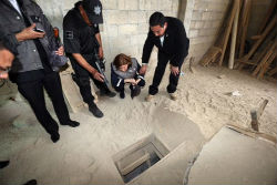 The manhunt for El Chapo has begun