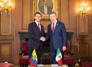 Mexican President Enrique Peña Nieto (left) and Colombian President Juan Manuel Santos (right)