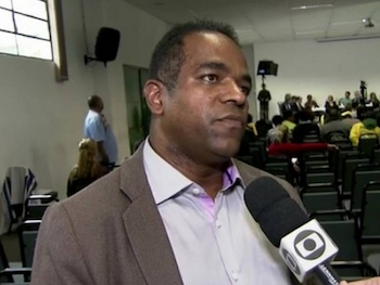 Detained human rights attorney Luiz Carlos dos Santos
