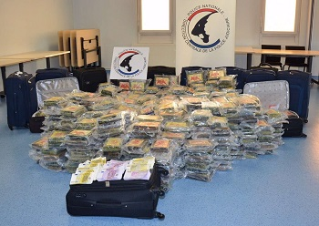 100 million euros worth of Colombian cocaine and 600,000 euros in cash were seized by French authorities in Bayonne