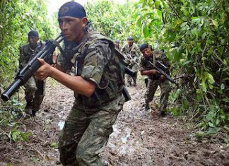 Members of the Peruvian army.
