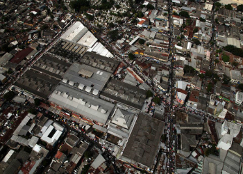 The MS13 is reportedly selling weapons in San Salvador's historic center