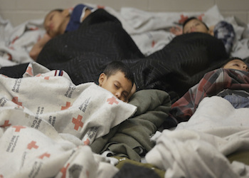 Unaccompanied migrant children in a Texas detention center. Credit: Revista Factum