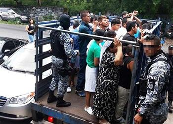 Arrests during El Salvador anti-gang operation