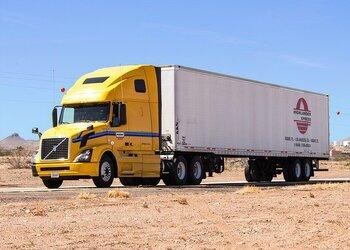 truck-1499377_640-1.jpg